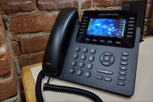 Why Many Businesses Are Switching to VoIP